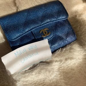 Chanel 19s iridescent blue xl cardholder